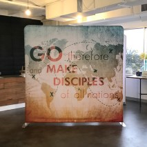 https://www.churchbanners.com/indoor-solutions/tension-backdrop-display-straight/