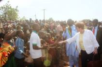 Welcome by the children of Ouelessebougou