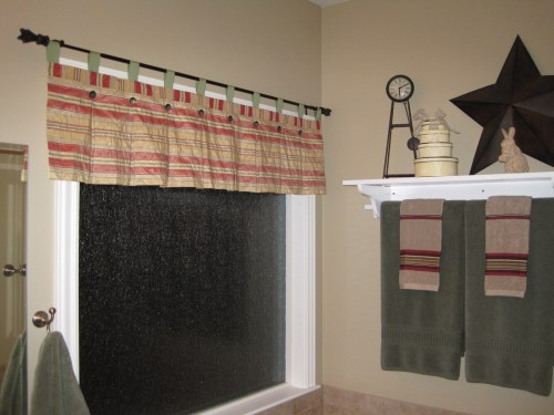 striped valance for Reigh