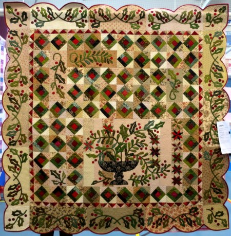 Mistletoe & Holly made and quilted by Deborah Cagle Salem OR