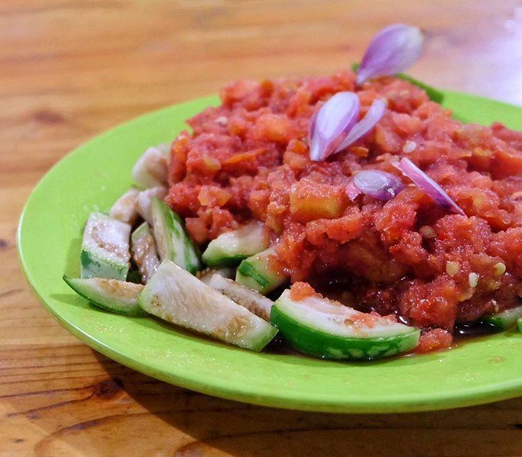 Makanan khas Lombok, Beberuk Terong, sumber ig makan.donk