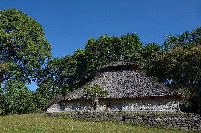 Obyek wisata bersejarah di pulau lombok - masjid bayan beleq