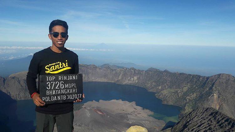Puncak Gunung Rinjani di Lombok, sumber ig aris_yunus