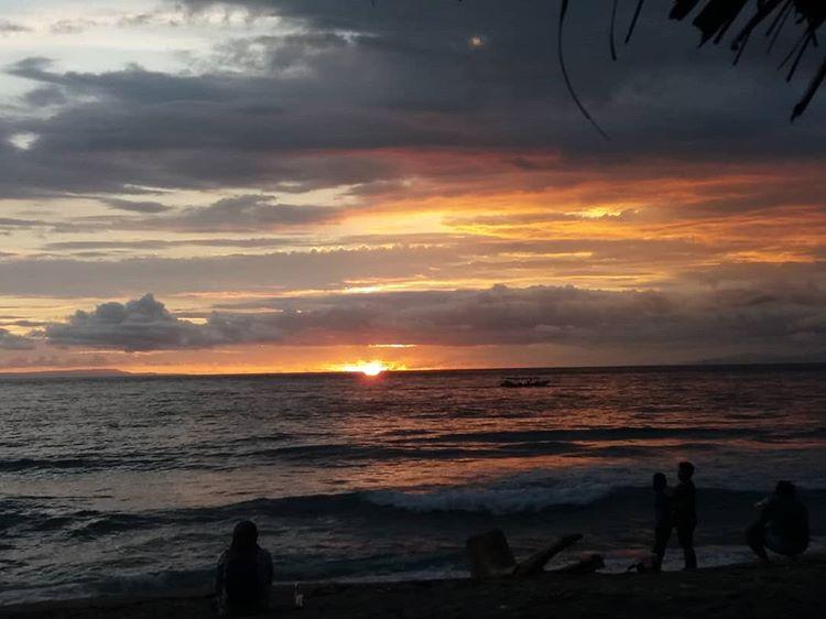 Pantai Kerandangan, sumber gambar IG @rudiyah95