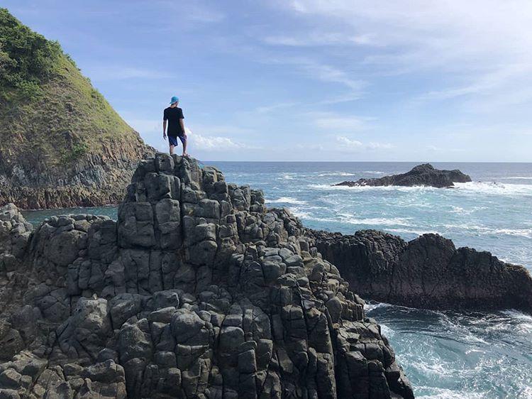 Pantai Semeti Lombok, Pesona Tebing dan Aquarium Alam yang Unik