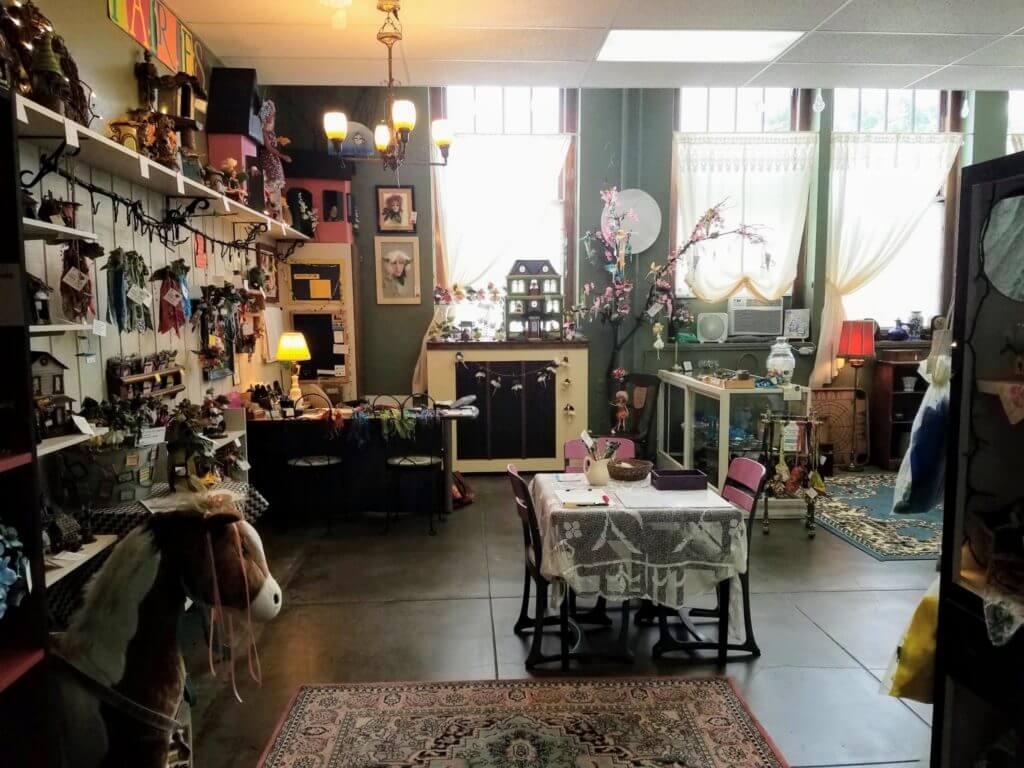 Entrance to Kindred Spirits Gift Shop