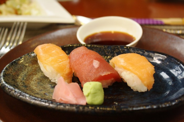 My De-Light Japanese lunch set. First course.
