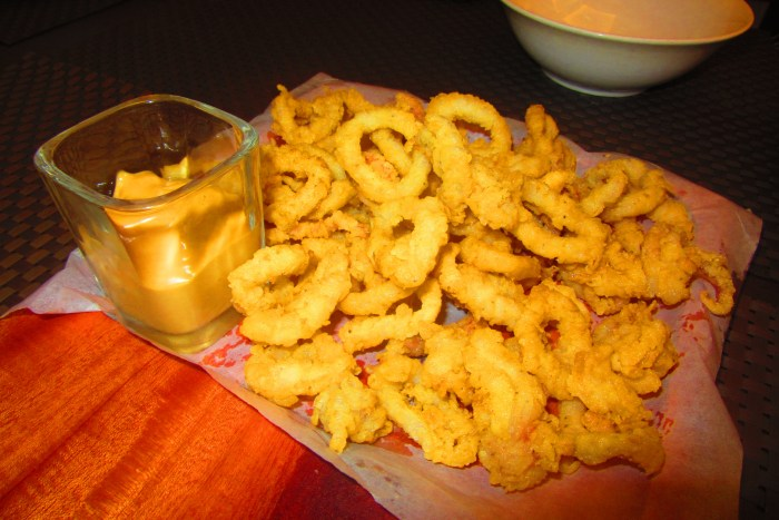 The Calamares with the special dip.