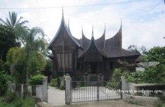 Rumah gadang tanjuang alam