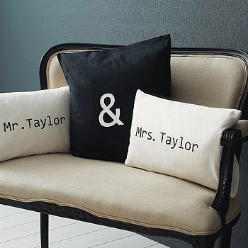 normal_mr-mrs-sofa-cushion-cover-set
