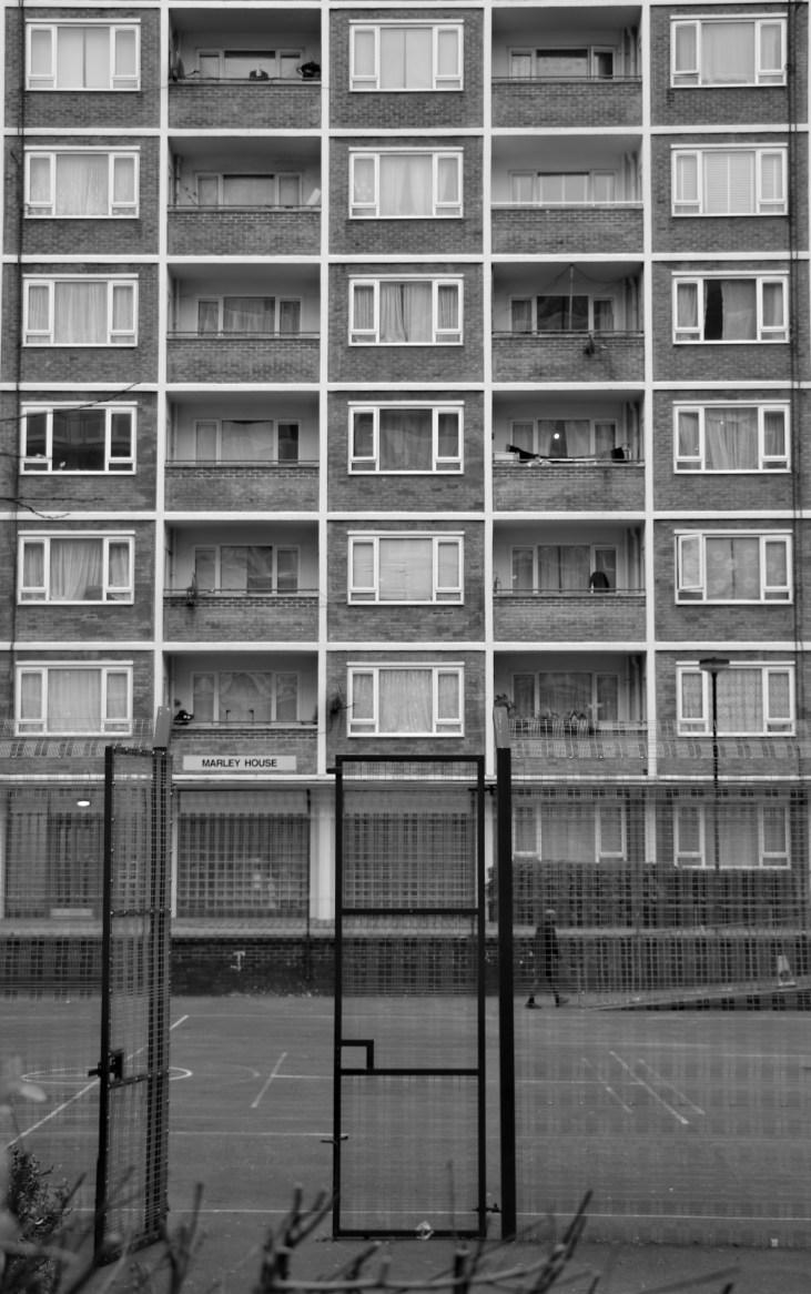 blok mieszkalny-Henry Dickens Court-mieszkania socjalne-dawny-Avernus