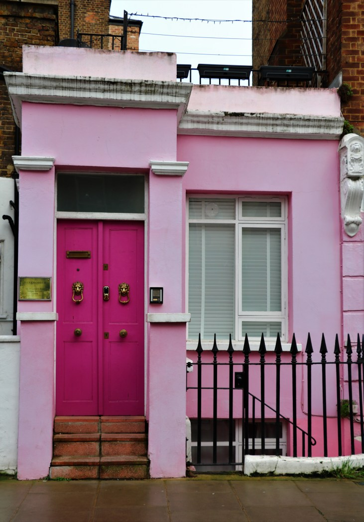 Lonsdale Road-różowy-dom-pink-little-house-Notting Hill-London