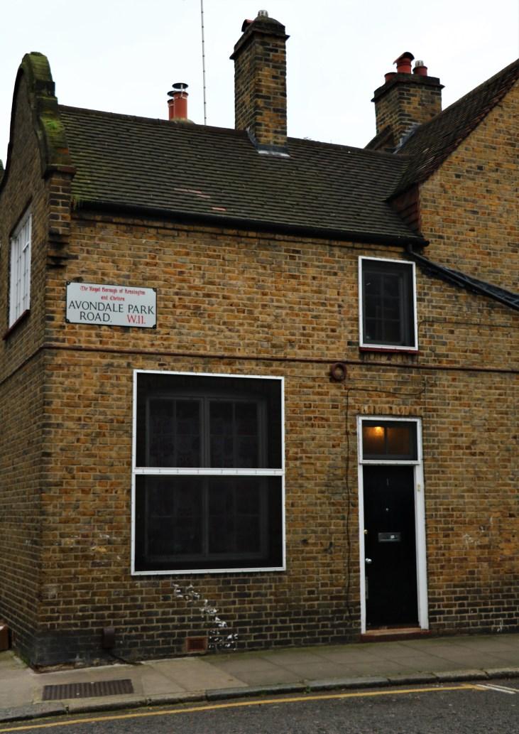 Wiktoriańska-zabudowa-przy-Mary Place-Avernus-Notting Dale