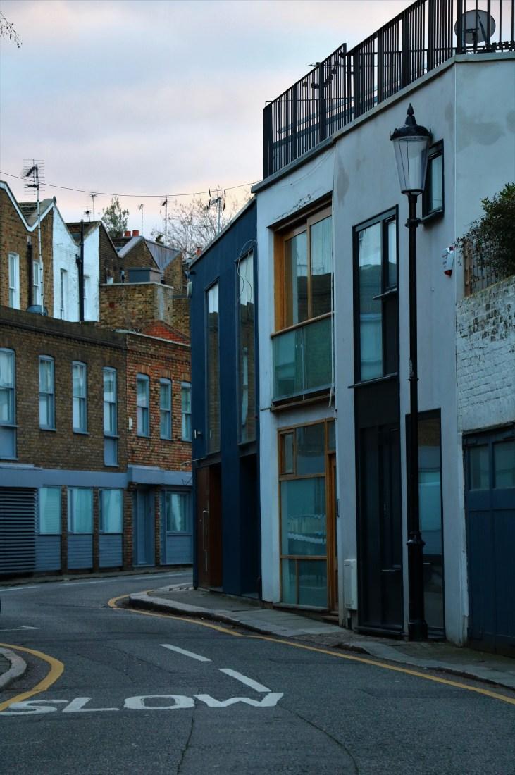 Urokliwa-uliczka-Pottery Lane-Notting Hill- Londyn