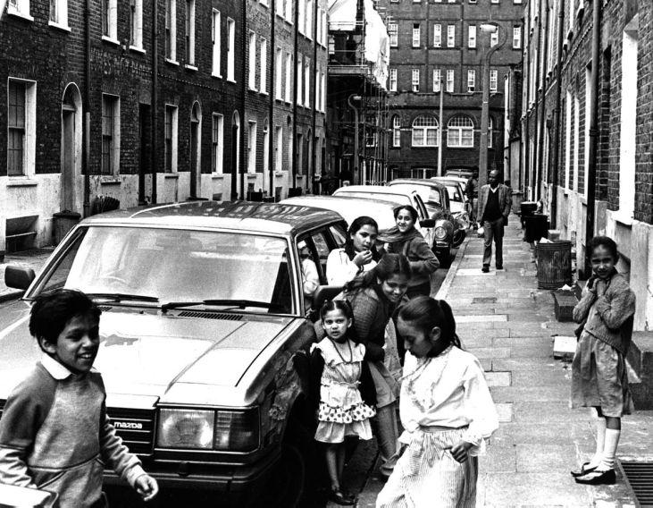 British-Bengali-Parfett-Street-Whitechapel-1986