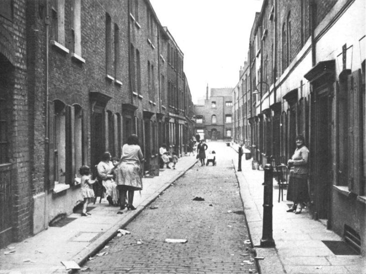 Whitechapel-slums-1935