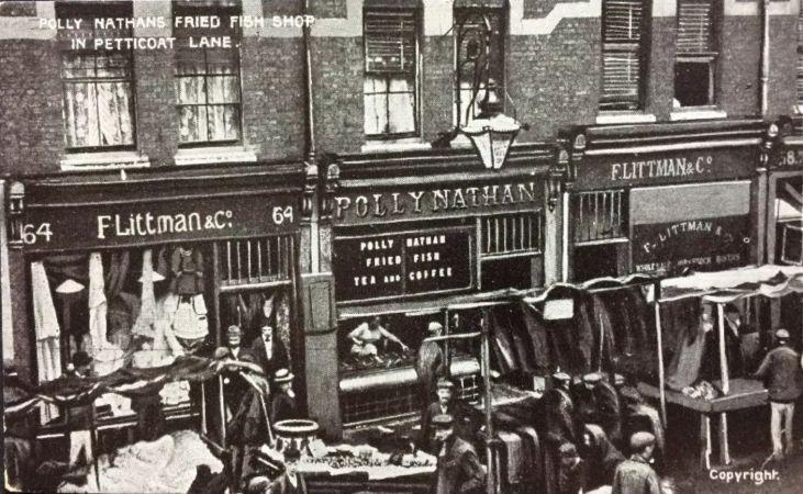 Sklep-ze-smażonymi-rybami-Polly-Nathan-Petticoat-Lane-Spitalfields-London
