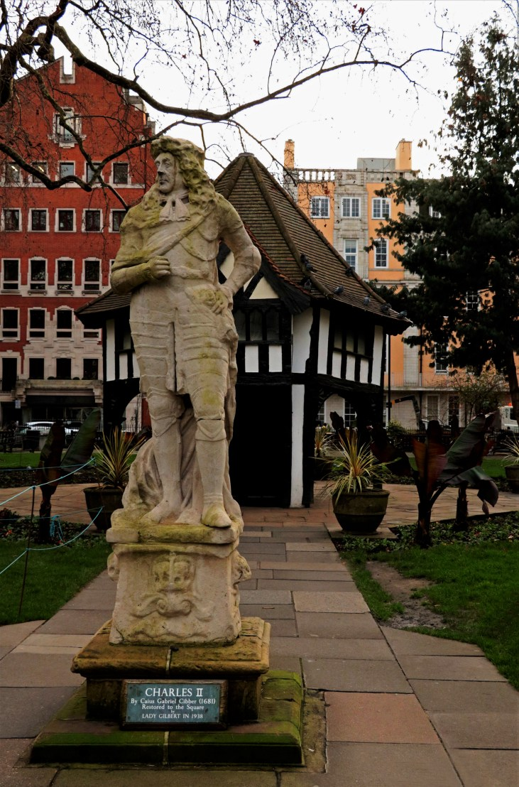 Karol II- Charles II-Soho-Square-London