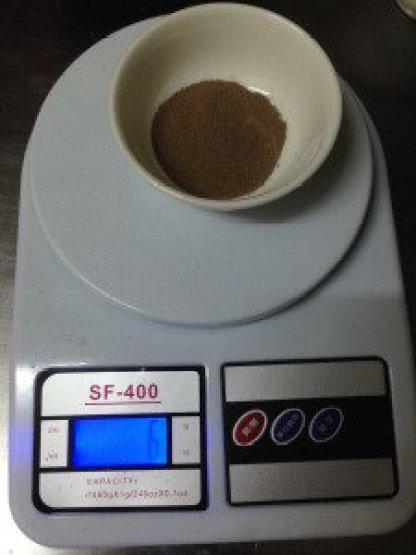 蝦卵的部分我第一次是按照罐子上的比例,1L :1.5g,所以是6克