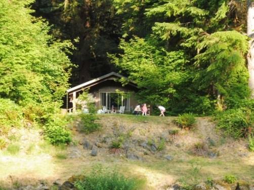 cabane au bord de la Bogachiel River