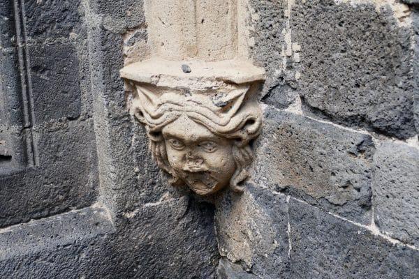 détail de la cathédrale Saint-Etienne / Agde