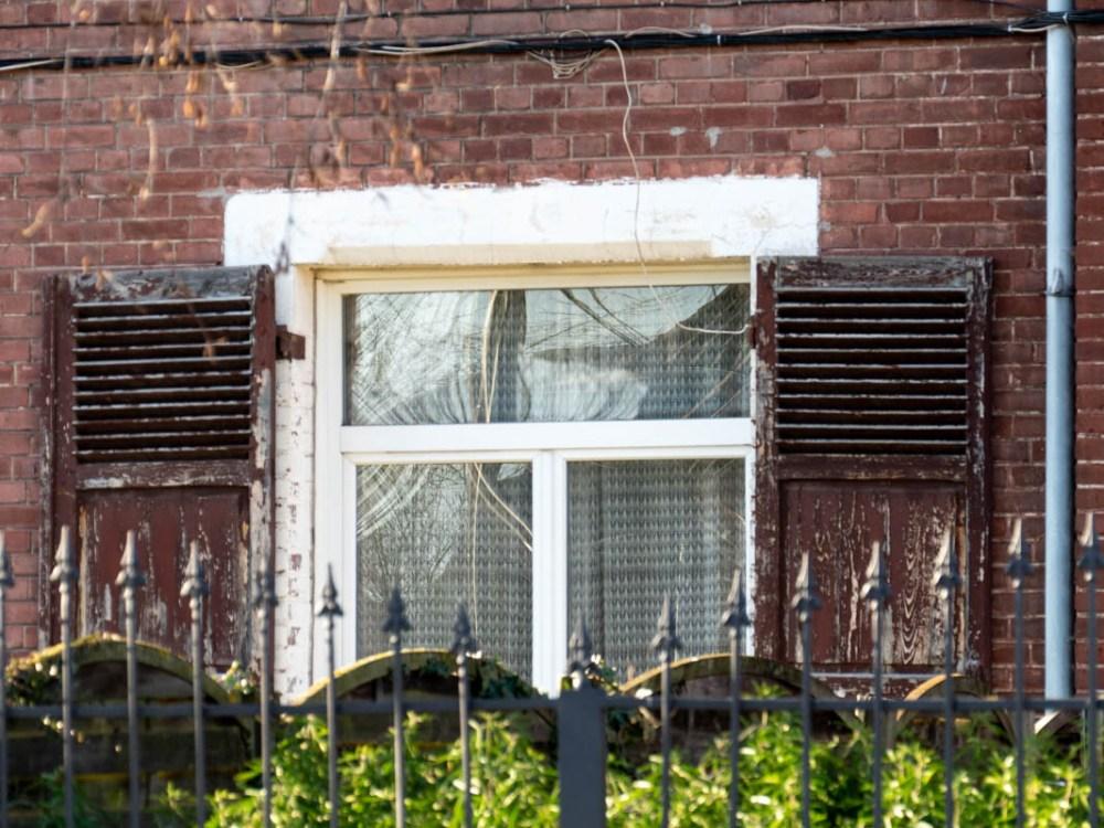 fenêtre dans le quartier des mineurs