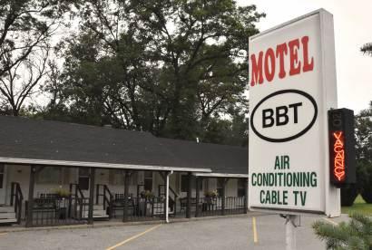 Motel BBT, Baldwin, Michigan
