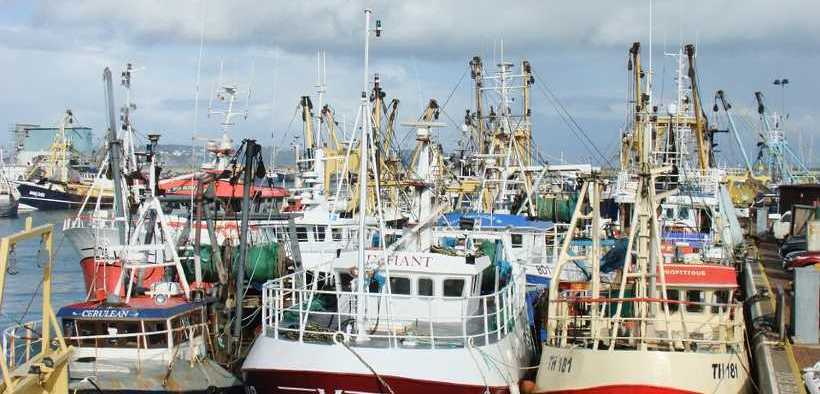 UK FISHERS ACCUSE EU