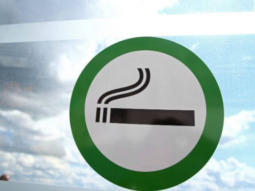 New plans to ensure pubs, restaurants and cafes offer both smoking and non-smoking outdoor options