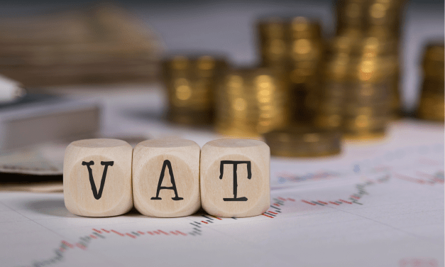 Lord Smith calls for VAT cut for hospitality to be extended to March 2022