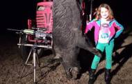 Beauty and the Beast - Father / Daughter First Hog Hunt (VIDEO)