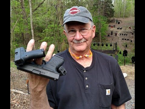 WATCH: Hickok45 reviews the Gl...