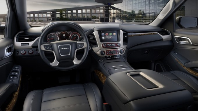 2015 GMC Yukon Denali Interior in Jet Black