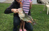 Texas Hotshots - 6 year old lands HUGE first fish