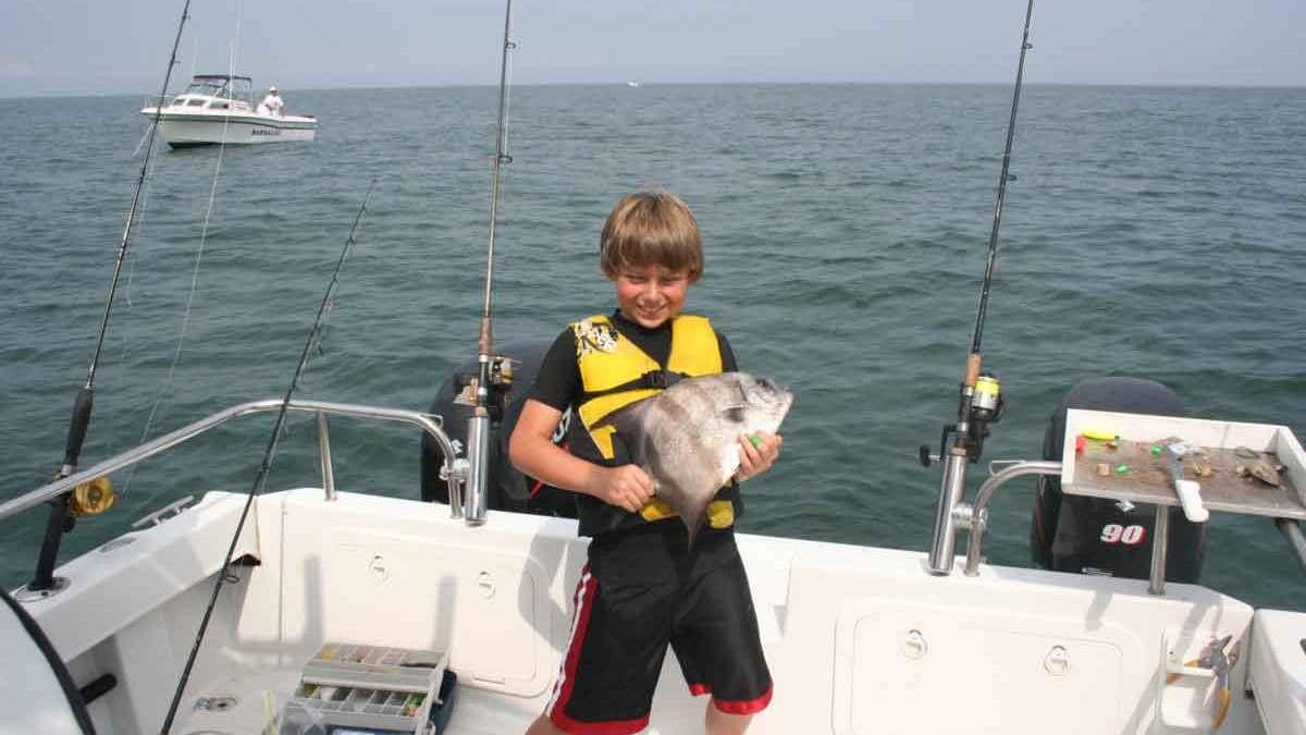 spadefish angler