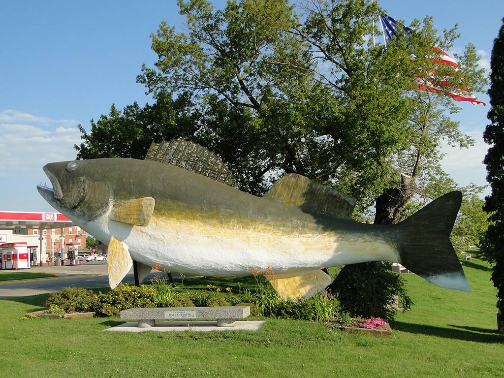 A statue of Willie the Walleye outside the city of Baudette.