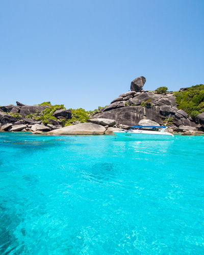 Liveaboard trips to the Similan Islands