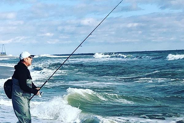 ตกปลาชายหาด