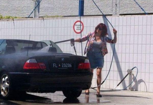 Это девушка за рулем! (56 фото)