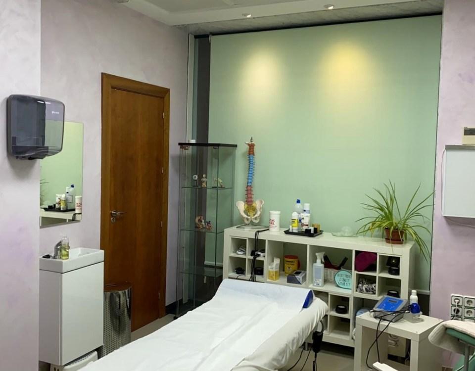 Sala de rehabilitacion FisioSalud fuengirola mijas fisioterapia osteopatia