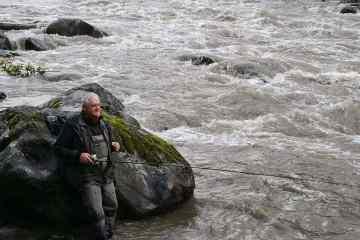 Fiskeeventyr vandet stiger støt