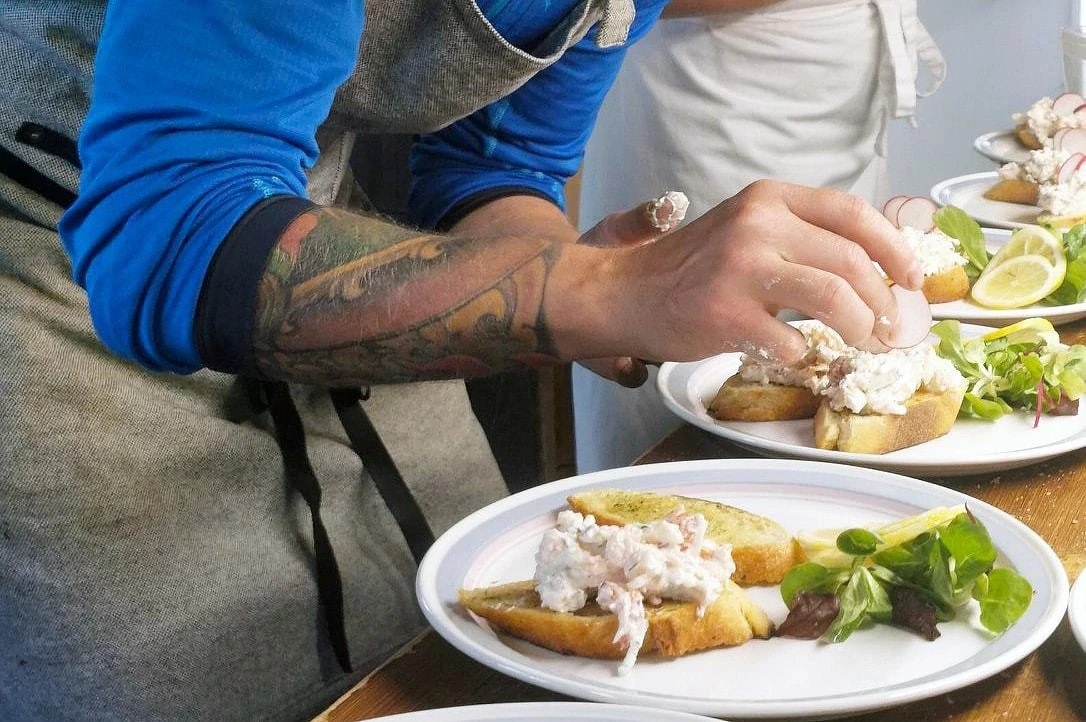 Fiskerejse til Todalselven - gourmetmad i Zpey lodgen