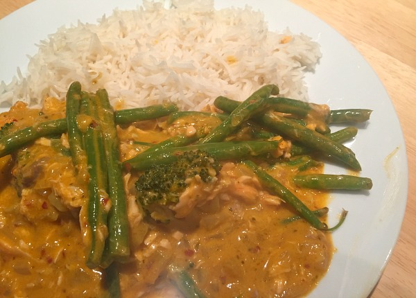 Red-thai-salmon-curry