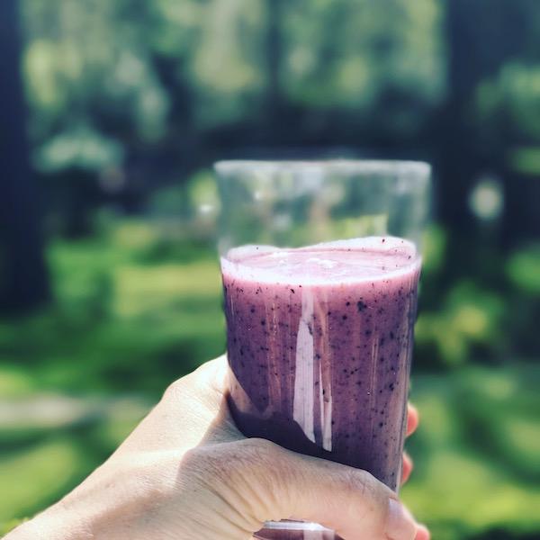 Healthy-snack-fruit-smoothie.jpg