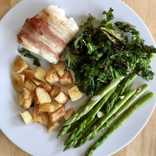 healthy-dinner-cod-wrapped-in-pancetta