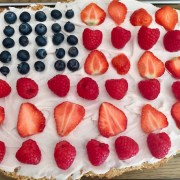 healthy-recipe-Flag-Fruit-Pizza-with-Oaty-Crust