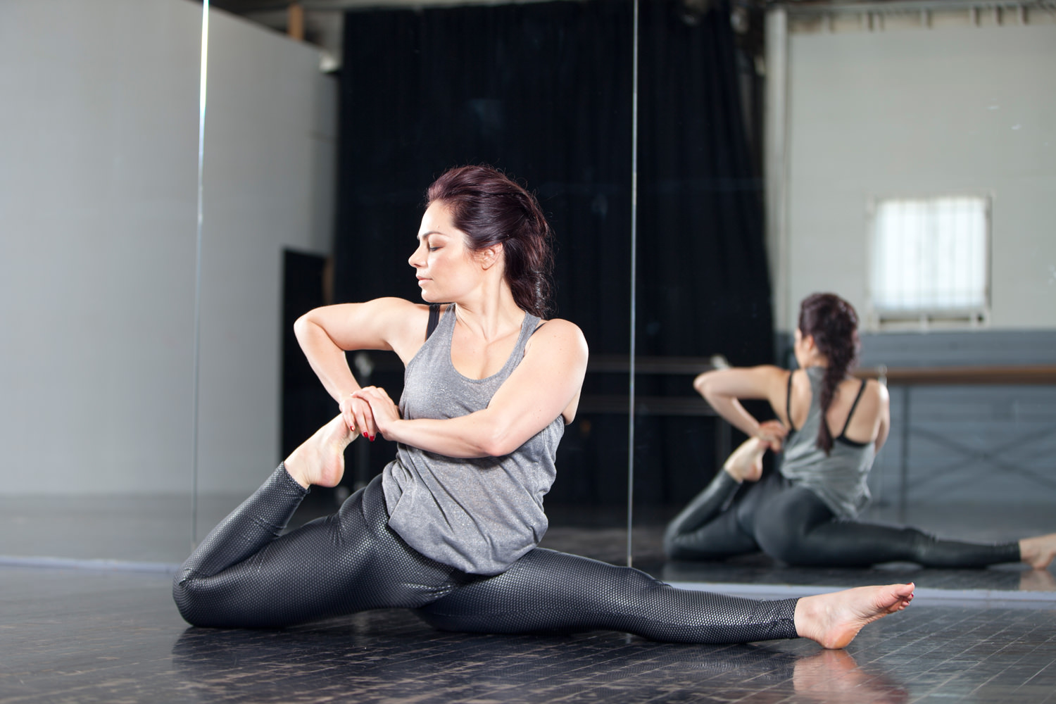 Fit and Bendy Different Approach Kristina Nekyia Stretching Fitness Studio Flexibility