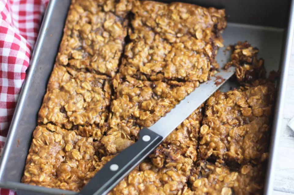 pumpkin peanut butter oat squares-lean clean and brie