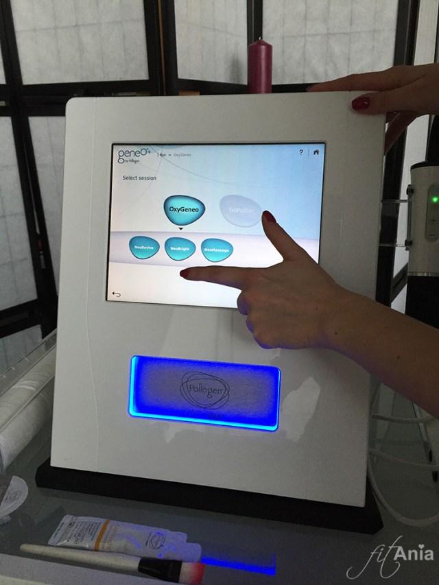 Nowoczesny sprzęt, za pomocą którego moja twarz została poddana zabiegowi  geneO™ NeoBright® by Pollogen.