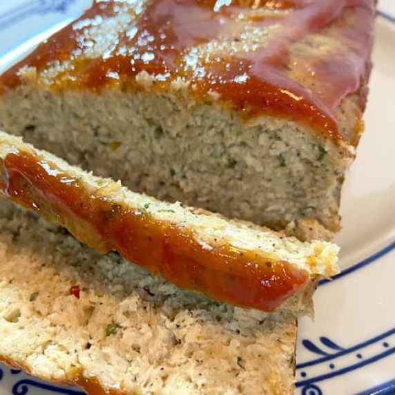 peppered turkey meatloaf with sweet red sauce